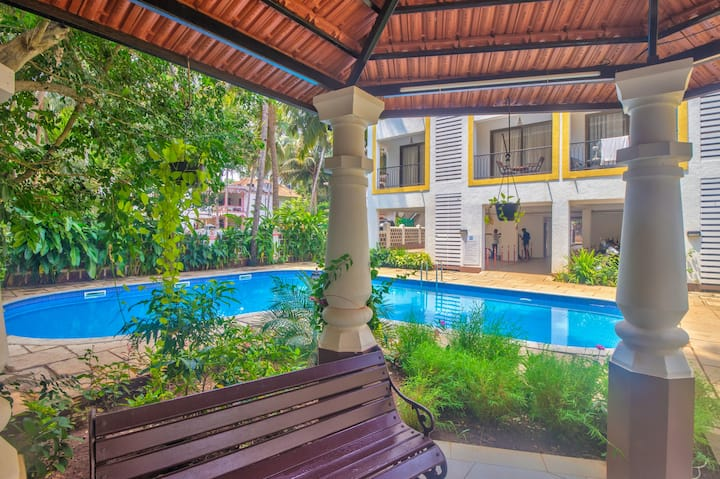Luxurious 2BHK Pool View Apartment 4 Frnds/Family