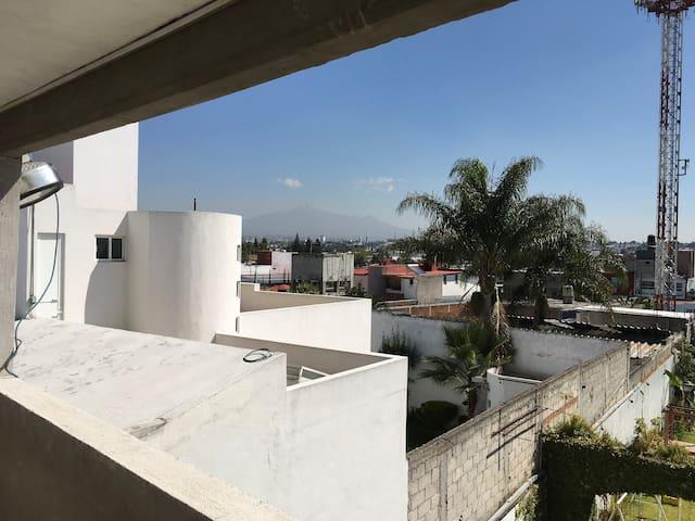 Vista de pasillo de habitaciones. (Volcán La Malinche).