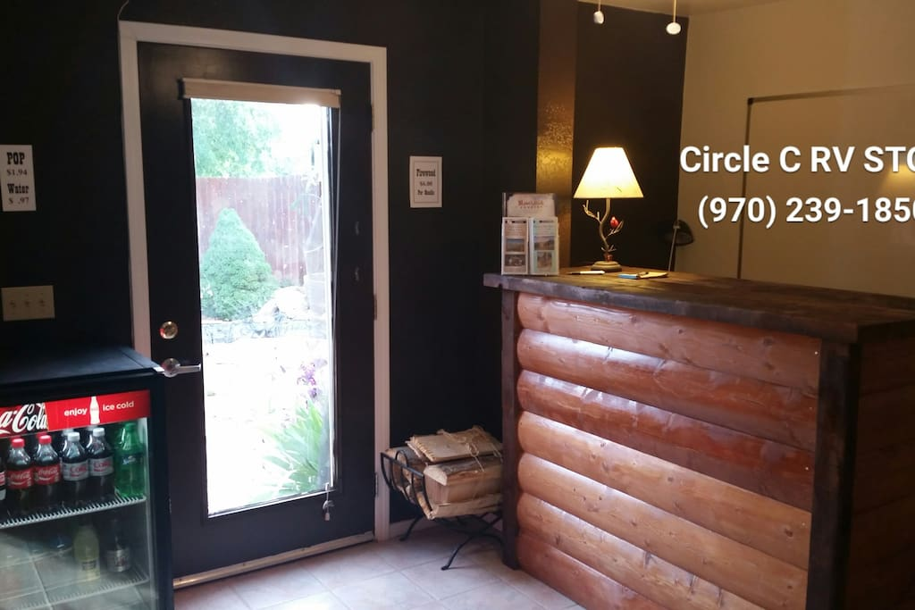 Store & Check-in @ Clubhouse