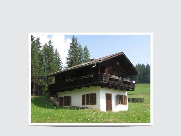Baita nelle Dolomiti - San Martino in Badia - 小木屋