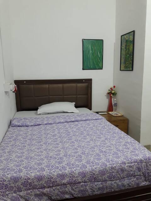 Decent,pocket friendly & clean stay in Viman Nagar