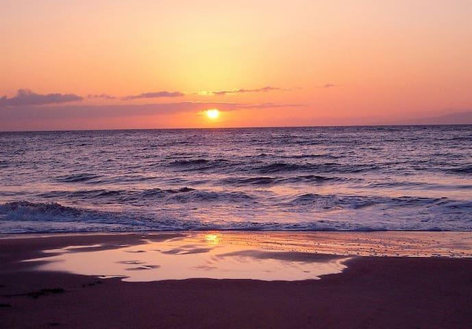 sunset from Kam 1 beach.