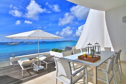 Five Star Luxury Beachfront Condo Private Hot Tub
