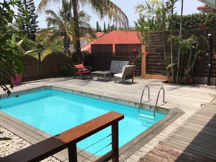 Villa avec piscine  Proche des plages et de la mer