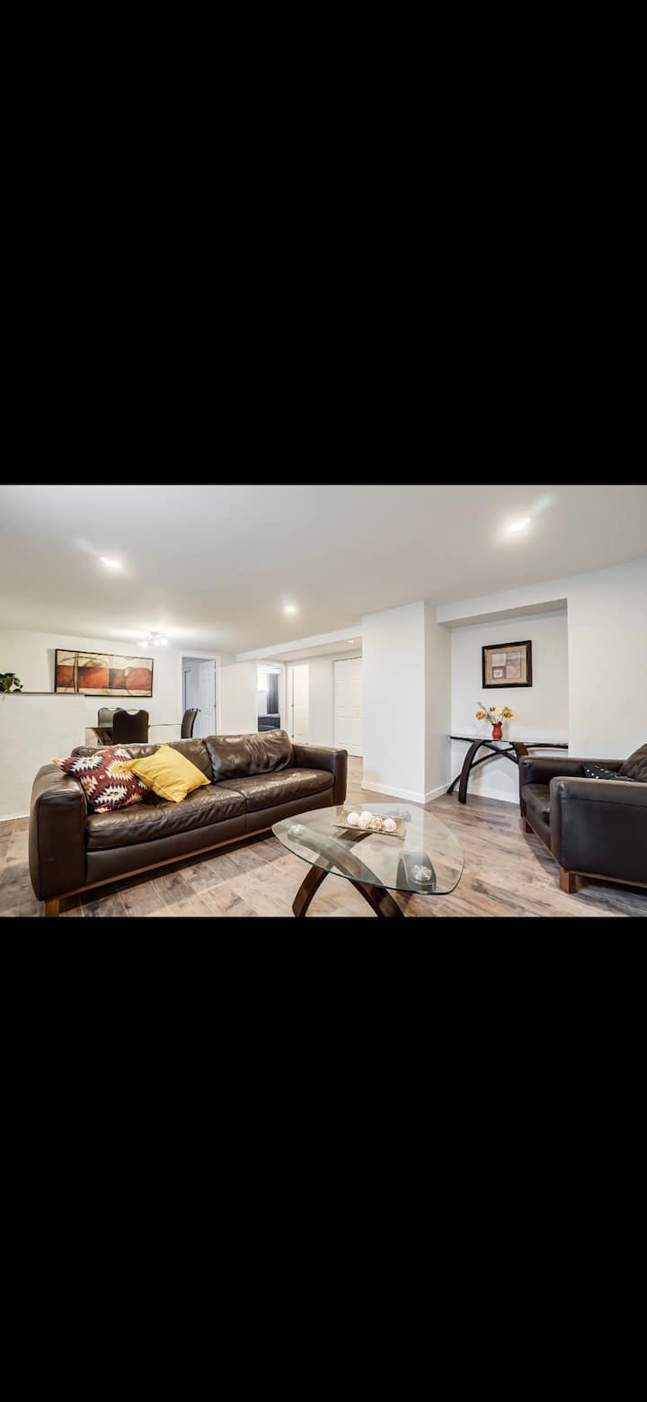 SPACIOUS AND MODERN 2 BEDROOM 10MIN FROM DT-OTTAWA