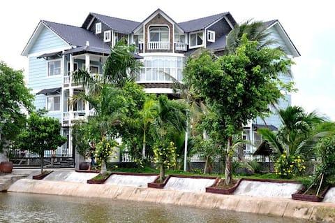Mekong Delta Riverside Ben Tre, Den ideelle flugt