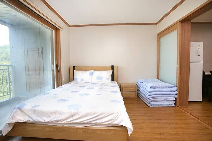 #2 지리산 산청 동의보감테마파크에 있는 최고급 호텔 (침대형)