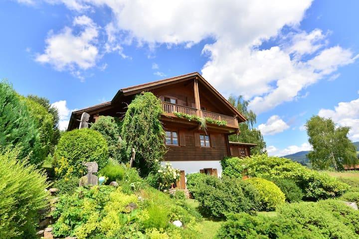 Cozy Apartment in Bayerisch Eisenstein with Garden