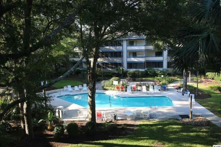 Cozy Condo furnished for beach living!