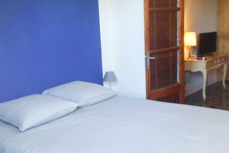 La Luna Bedroom, bathroom & lounge, Soller center