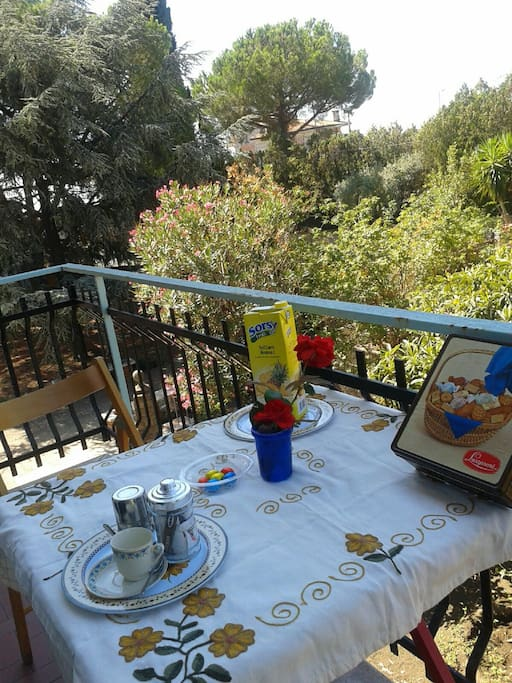 Terrasse pour prendre un bon petit dej ou le diner