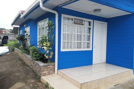 Casa de Madera en San Ramón,b cómoda y acojedora