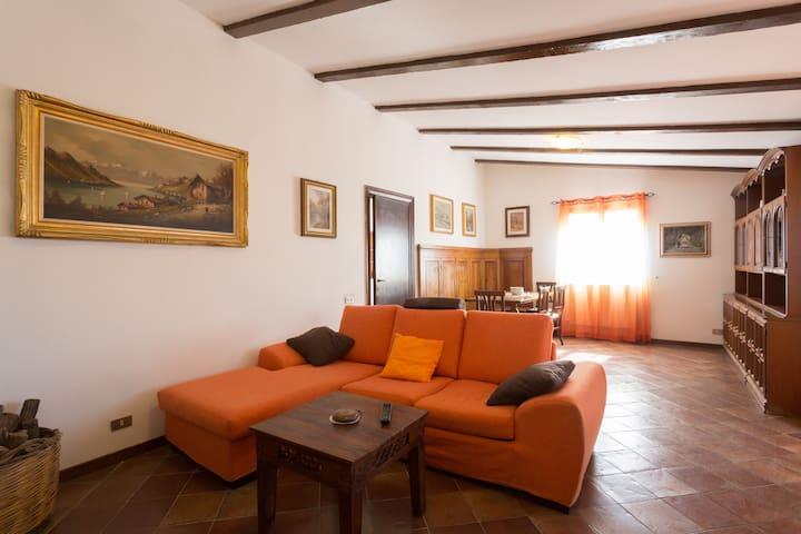 HouseneaRome,Castelnuovo di Porto - Roma - Casa de camp