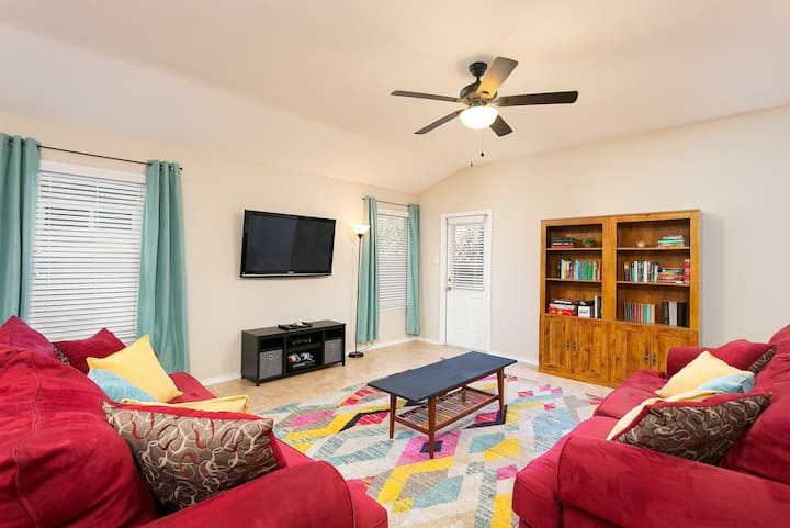 NEW!CleanFamilyHome by Seaworld/SixFlags/Lackland