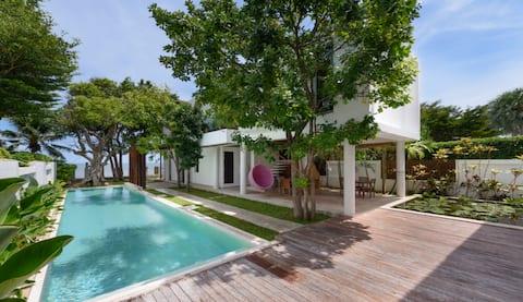 PRAN NA LUXE beach view pool villa