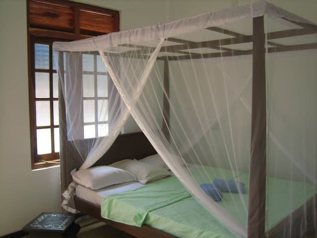 Chithra Homestay - room 3 - Tangalle - Apartment