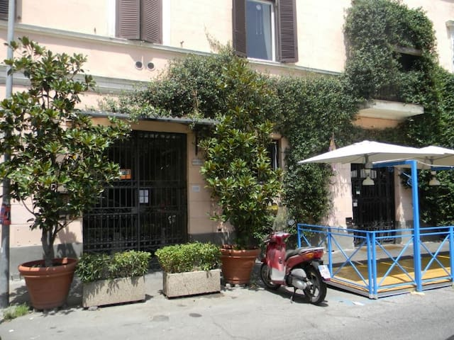 "San Lorenzo, a little ""bite"" of ancient Rome"