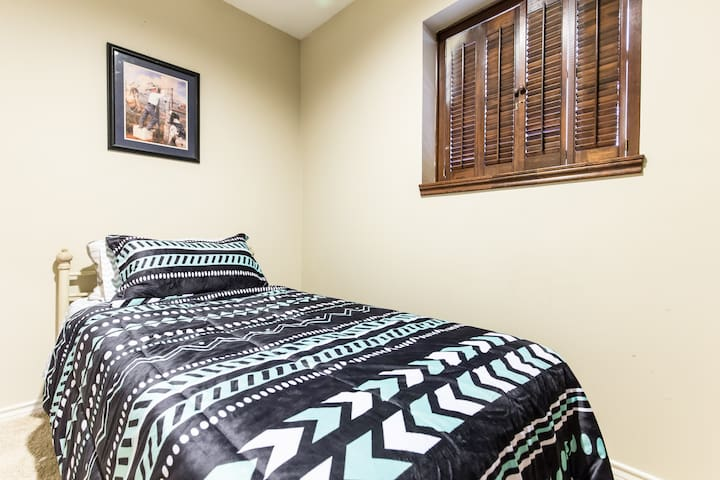 (TW)Cozy, comfy room near downtown Dallas & shops - Dallas - Rumah