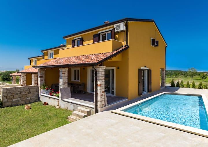 Casa Colibri - villa with a private pool