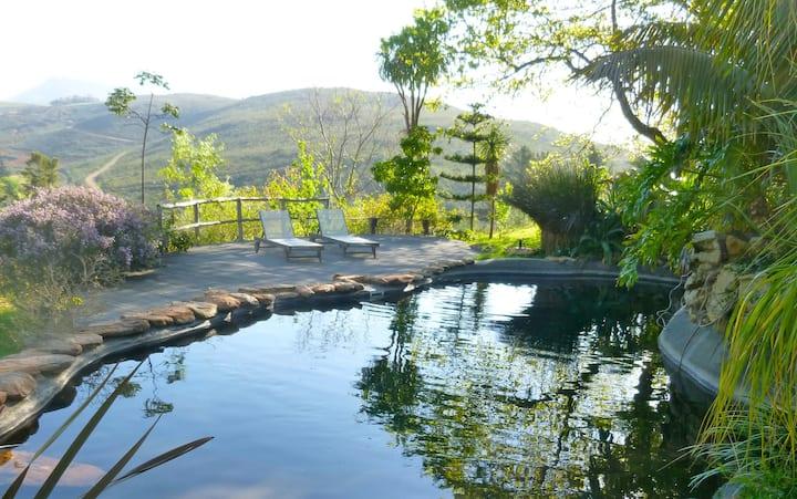 EYRIE HOUSE @ Porcupine Hills Guest Farm