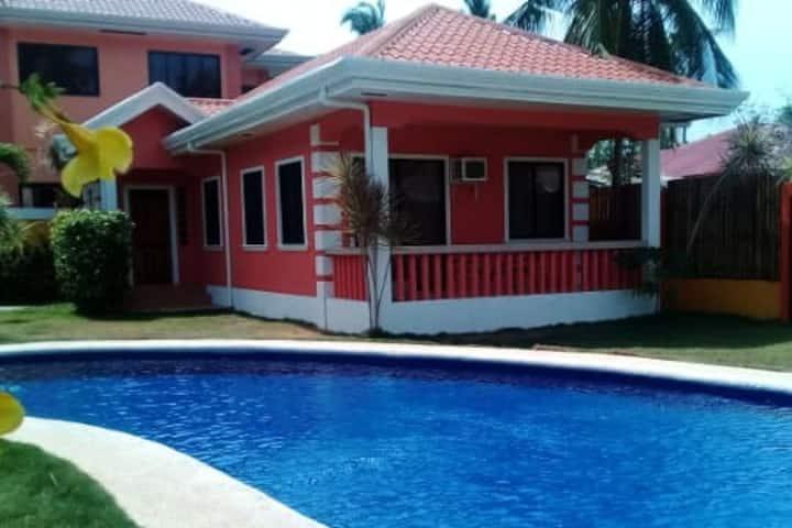 "New ""Sophia's House"" # 2 Poolside Near Alona Beach"