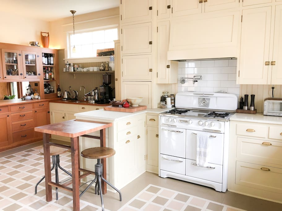 Enjoy the large, beautiful kitchen