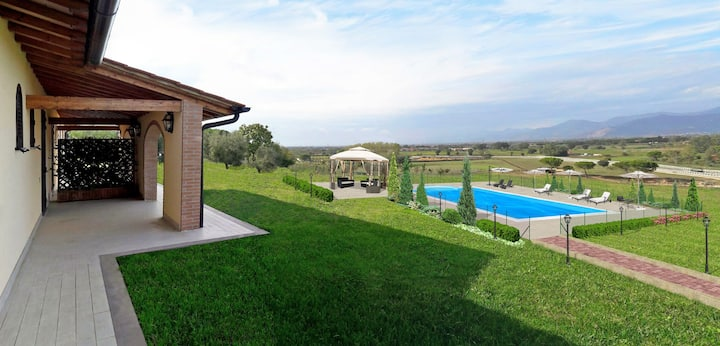 Beautiful private villa near Pisa
