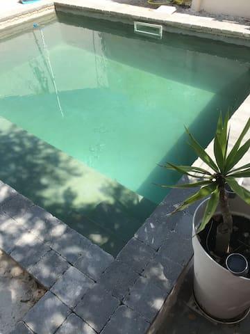 Maison avec piscine privée-12ème arrondissement