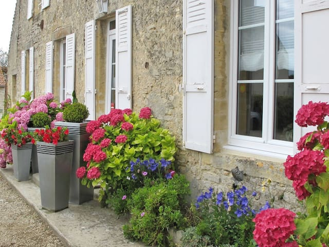 Holiday home in Longues-sur-Mer - Longues-sur-Mer - Ev