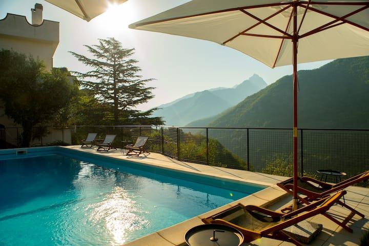Tuscan Villa, Private Pool, Magic View, 12 guests