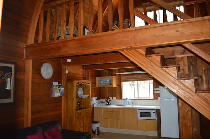 Jarrah Glen Cabins  Cedar Loft Cabins