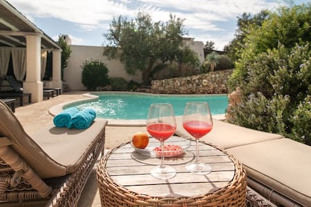 Apartments Houses Villas With A Pool In Alliste Airbnb