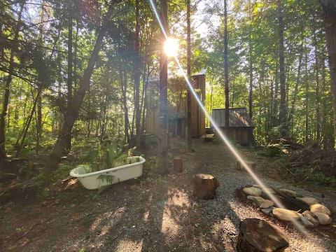 Baker Lake Cabin Getaway