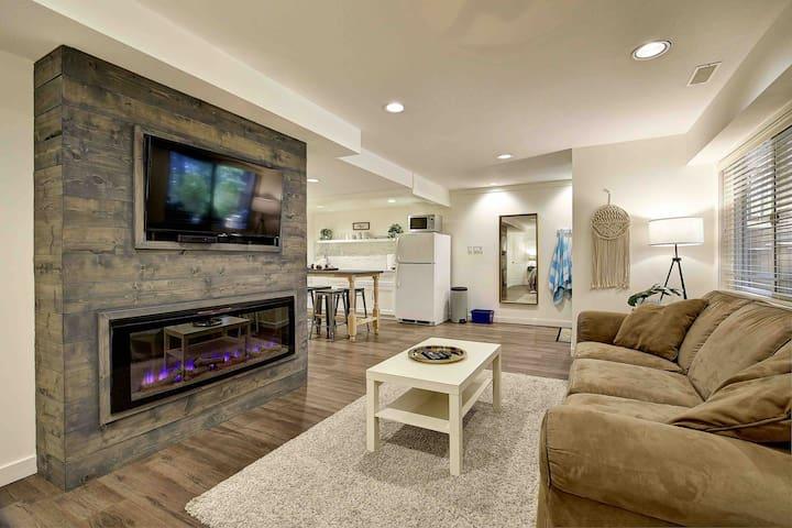 The Covington Private Studio Suite