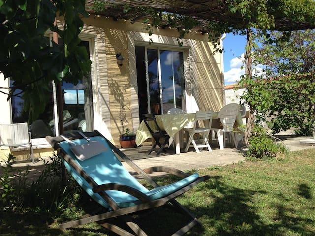 Maison 100 m² avec piscine proche de Carcassonne