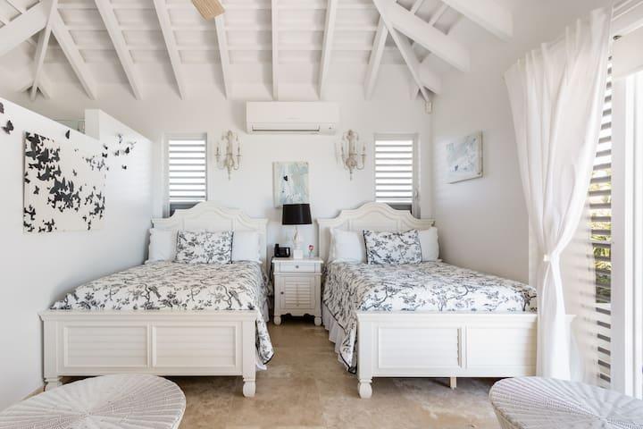 Спальня 8
