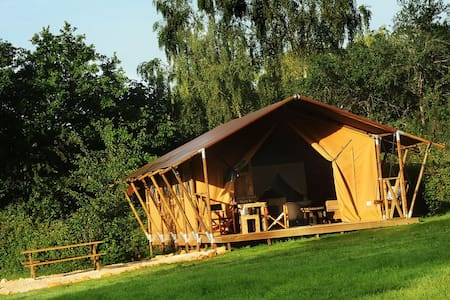 Luxury safari tents in Burgundy! - Colméry