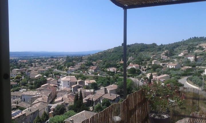 T3 quartier du Château, site d'escalade, vue...