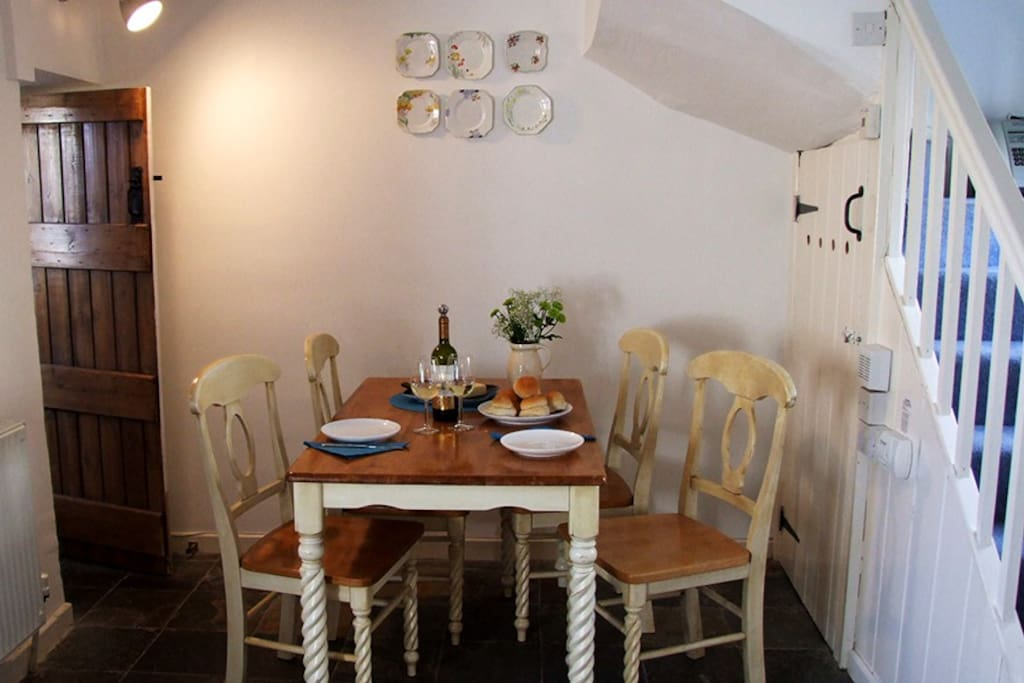 Dining area with five chairs