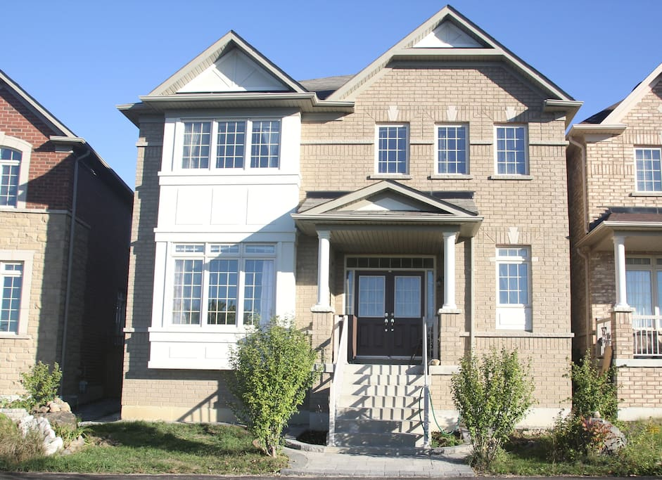 Front view of house :  Over 3000 sq. Ft.