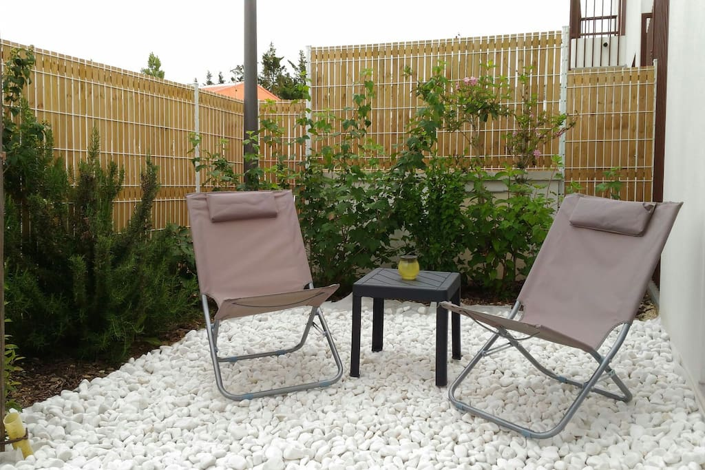 appartement proche la rochelle juin juillet ao t. Black Bedroom Furniture Sets. Home Design Ideas
