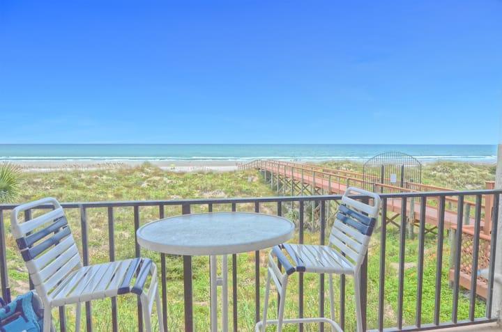 Oceanfront 1 BR Condo w/Private Balcony