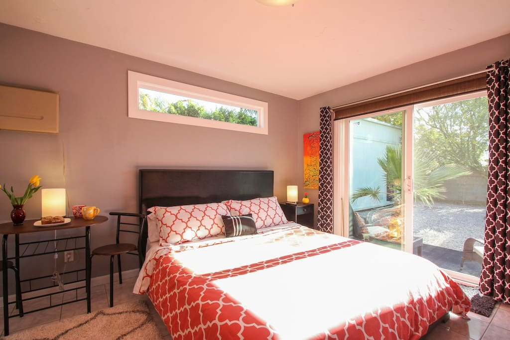 The suite is full of light with a beautiful view of the pool. What a great way to wake up!