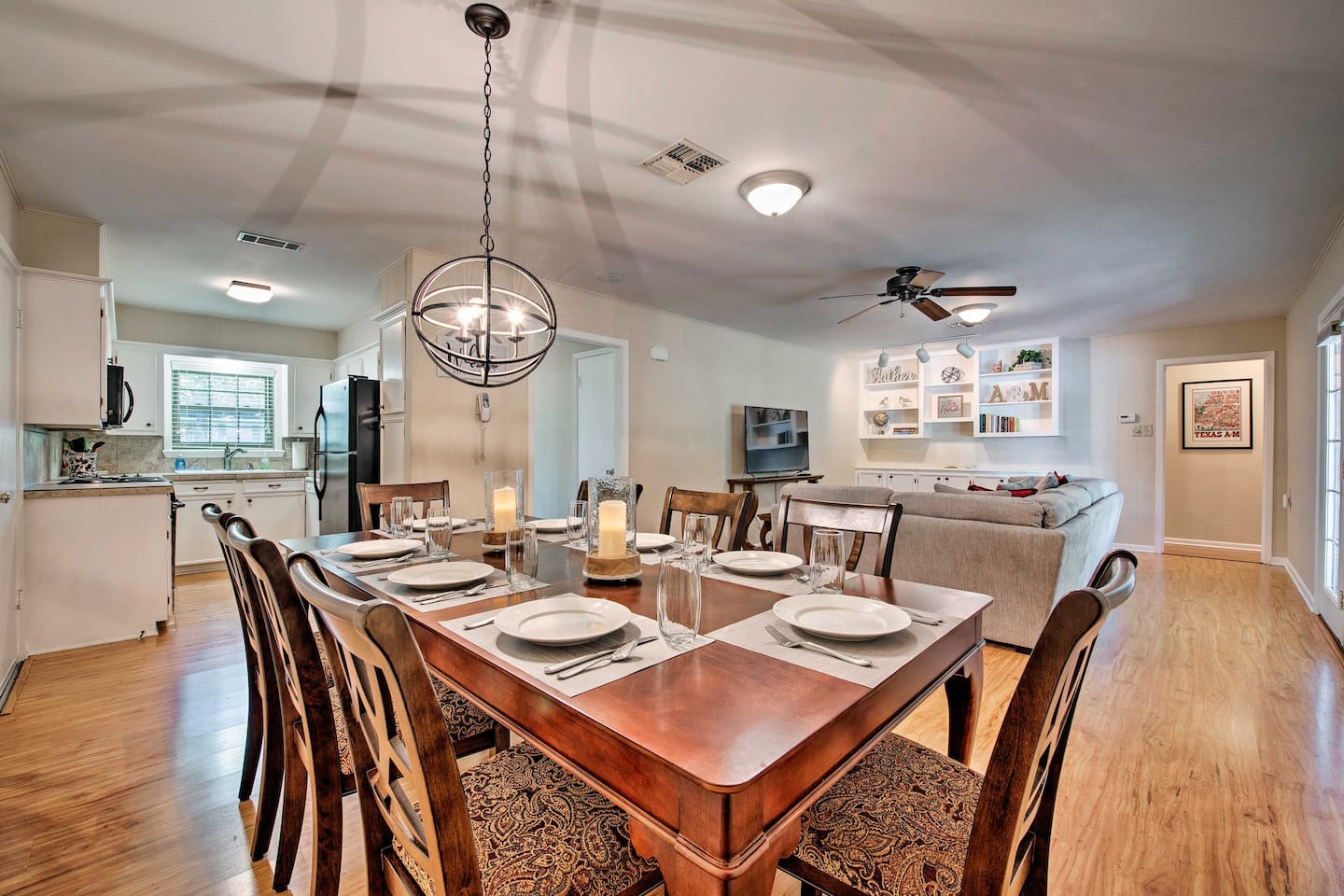Book this vacation rental house for your escape to College Station, Texas!