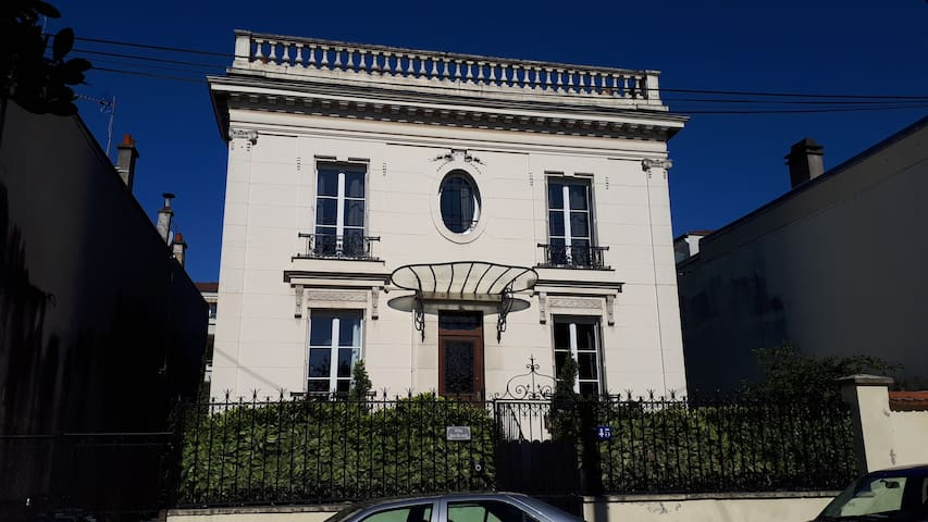 """Villa Bon Accueil - Chambre """"Impressionniste"""""""