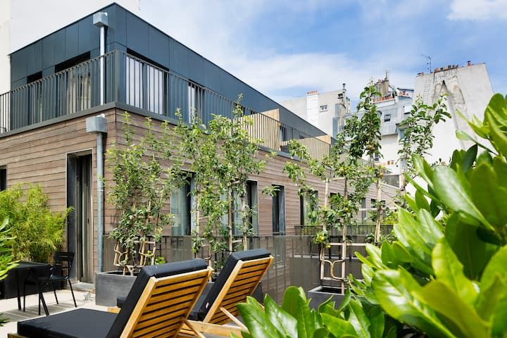 A superb terrace in the heart of Paris