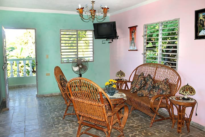 Hostal Marlin y Tati, casa independiente en playa