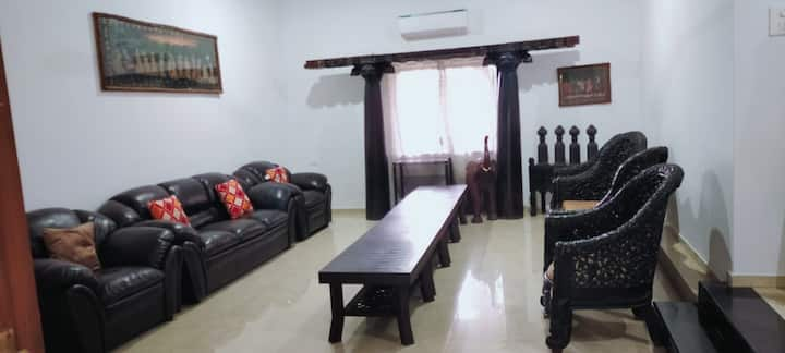 Rustic Private Cottage  in the heart of Lonavala