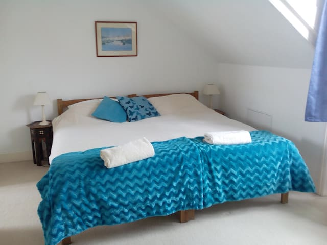 Cosy Seaside Room and  Warm Welcome - Hythe - Casa