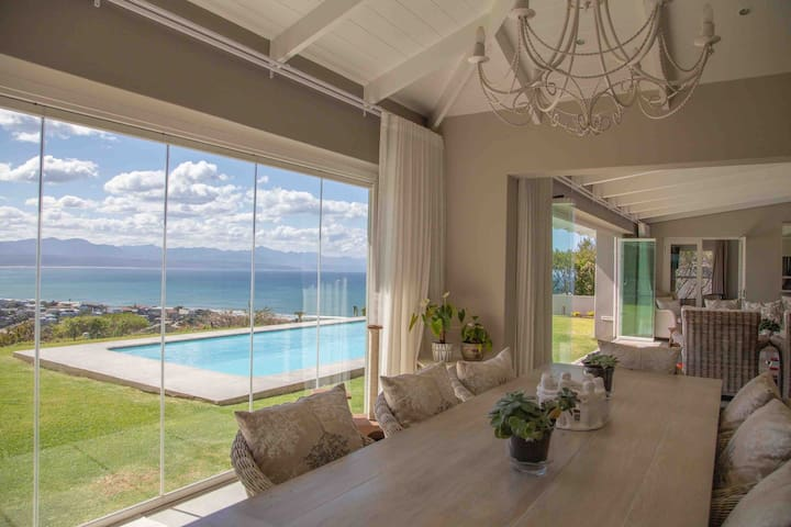 Whale Ridge Villa